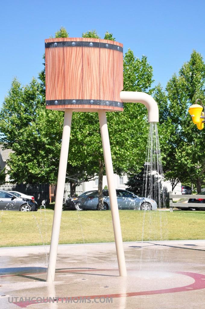 Water sprays horizontally between the two poles making it fun to run through.